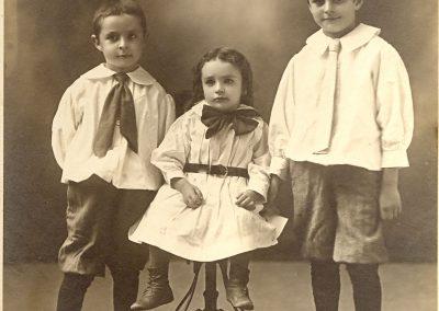 Sam, Jake, and Hymie Tobolowsky, 1909