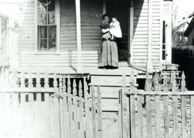 Wyll home on Caroline Street, c. 1908