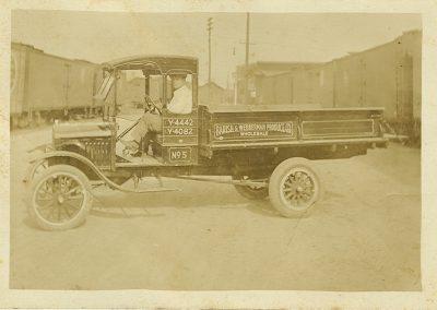 Barish & Webberman Produce, c. 1915